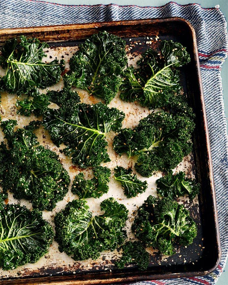20131206_Martha_Food_KaleChips_26_